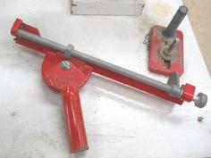 Sharpening Twist Drill Bits / Affûter les forets de perçage