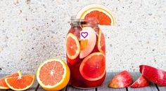 Skinny Sangria Recipe – SkinnyFit Source by hiltondiet Detox Tea Diet, Detox Drinks, Body Detox, Tea Drinks, Detox Foods, Beverages, Skinny Fit Tea, Skinny Sangria, Detox Diets