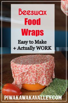 How to Make Beeswax Wraps That Work! DIY Plastic Free Alternative Easy beeswax food wraps that actually stick. With jojoba oil and tree resin to make a durable, effective reusable cotton food wrap. Diy Hanging Shelves, Floating Shelves Diy, Mason Jar Crafts, Mason Jar Diy, Diy Home Decor Projects, Diy Projects To Try, Recycling Projects, Bees Wax Wraps, Bees Wax Wrap Diy