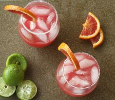 Will definitely need this once the blood orange tree fruits :) Refreshing Drinks, Fun Drinks, Yummy Drinks, Beverages, Blood Orange Margarita, Orange Juice, Lime Juice, Plum Pie, Birthday Brunch