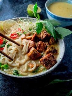Osaatko käsitellä tofun oikein? – Viimeistä murua myöten Laksa, Opi, Thai Red Curry, Ramen, Ethnic Recipes