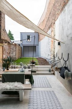 Garden Seating, Terrace Garden, Outdoor Spaces, Indoor Outdoor, Outdoor Decor, Outside Living, Outdoor Living, Home Garden Design, Home And Garden