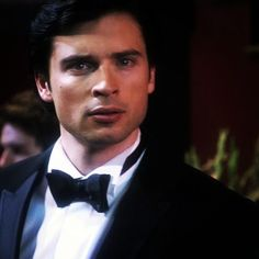 chrisluvstommy:    He does look incredibly handsome in a tux but then he'd make a potato sack look good #tomwelling #clarkkent #sexy #charade #smallville    Tom Welling looks fantastic in a tuxedo he should wear it more ofter