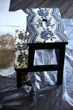 Use lace on a stool
