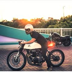 /// Mike Le and his '71 Honda CB500 cafe racer by Kinetic Motorcycles