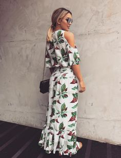 5cb47ea4a1 Rafa Kalimann com vestido lindo e floral da Canal  ) Comprar Roupas  Femininas