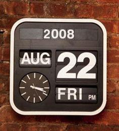 Good Questions: Calendar Clock?