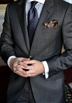 Luxury & Vintage Madrid, bring you the world's best selection of contemporary and vintage clothing, discover our top brands Source by dress man Men's Business Outfits, Business Attire, Mens Fashion Suits, Mens Suits, Suit Combinations, Mode Costume, Herren Outfit, Suit And Tie, Well Dressed Men