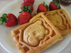 Disney Dolls - Pooh and Tigger waffles