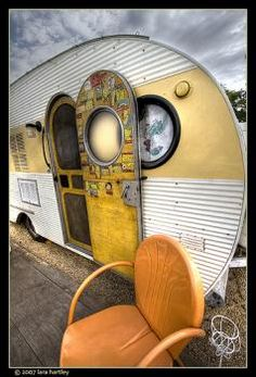 Great shot of this vintage Airfloat! Door covered in vintage decals. :)