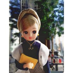 「Licca just feels a slow time at the terrace. #autumn #japan #licca」
