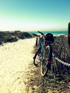 Bike rides on the beach <3 recomendado por @juli3t4 #groovibike