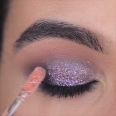 Glam eye makeup for every occasion! The Effective Pictures We Offer You About smokey eye makeup A qu Eye Makeup Cut Crease, Dark Eye Makeup, Dramatic Eye Makeup, Eye Makeup Steps, Eye Makeup Art, Colorful Eye Makeup, Makeup For Green Eyes, Eyeshadow Makeup, Matte Makeup