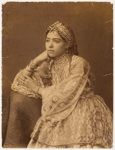 Moroccan Berber Amazigh Woman. Had my DNA done, 24% of my DNA comes from the Iberian Peninsula, specifically Morocco, and Spain. Very cool.