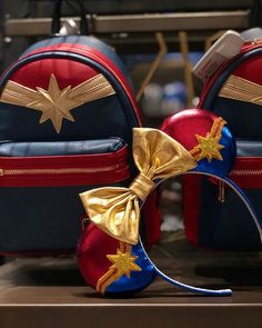 🌟Captain Marvel is in DCA!🌟I'm thinking I need to get this backpack now to match my ears! We found it in the gift shop at Guardians of… Disney Ears Headband, Diy Disney Ears, Disney Headbands, Disney Mickey Ears, Disney Diy, Disney Crafts, Kids Headbands, Disney Bound Outfits Casual, Disney Themed Outfits