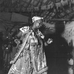 Saravá! - Celebração e homenagem às religiões afro-brasileiras.