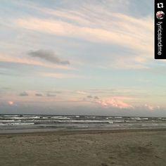 Happy Sunday #PortAransas.  #portaransastex #PortAransas #PortAransasTX #PortAransasTexas #Texas #MustangIsland  #CorpusChristi #AransasPass #Rockport #POC #Texastodo #PadreIsland #padreislandbeach #PadreIslandNationalSeashore #gulfcoast #beach #fishing #surfing #golf #kiteboarding #sup #igtexas #igsouthtx --- --- --- http://ift.tt/1M0jTQ3 --- --- --- Know another Port Aransas account we should follow? Tag them below and we'll check them out.  FOLLOW us for more of this beach-ness.  SHOW us…