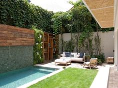 Everybody loves high-end pool styles, aren't they? Here are some top list of high-end pool photo for your ideas. These wonderful pool design ideas will transform your yard into an outdoor sanctuary. Patio Chico, Design Exterior, Small Outdoor Spaces, Small Spaces, Small Backyard Landscaping, Landscaping Ideas, Fun Backyard, Pool In Small Backyard, Tropical Landscaping