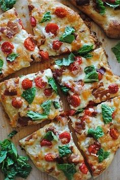 BLT Pizza from Bev Cooks. Growing up my favorite pizza in the world was a BLT pizza from a local pizza shop. I've never found another like it, I'll have to give this one a shot. Pizza Recipes, Cooking Recipes, Healthy Recipes, Bacon Recipes, Cooking Tips, Paleo Food, Flatbread Pizza, Margherita Flatbread, Gastronomia