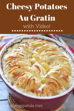 Don't be fooled by the fancy exterior of these Cheesy Potatoes Au Gratin! They are incredibly easy to make! Cheesy Potatoes Au Gratin Elena hcredondo Receitas Don't be fooled by the fancy exterior o Side Dish Recipes, New Recipes, Cooking Recipes, Favorite Recipes, Brunch Recipes, Skillet Recipes, Cooking Gadgets, Pizza Recipes, Recipies
