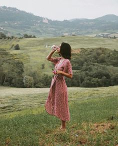 l a ce (ノ ノ ヮ ヮ) ノ *: ・ ゚ ✧ rote Kleidung Looks Style, My Style, Summer Outfits, Summer Dresses, Foto Instagram, Foto Pose, Summer Aesthetic, Aesthetic Girl, Aesthetic Clothes