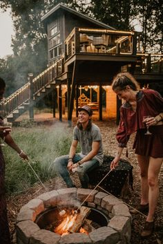 Eco-friendly, Romantic, Luxury Treehouses Airbnb in South Carolina. Built by Seth Bolt from the band NEEDTOBREATHE. Living Room Treehouse, Treehouse Vacations, Camping Fire Starters, Angel Oak, Live Oak Trees, Airbnb Host, Us Destinations, Summer Bucket Lists, Day Trip