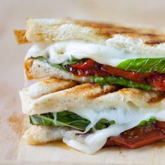 Caprese Grilled Cheese Sandwich with Balsamic Roasted Tomatoes by partial-ingredients #Sandwich #Grilled_Cheese #Caprese