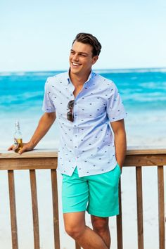 55 Best Summer Fashion Beach Outfit for Mens - Fashion and Lifestyle Frat Outfits, Frat Boy Outfit, Male Outfits, Vw Beach, Summer Beach, Summer Men, Preppy Summer Outfits, Preppy Guys, Spring Outfits