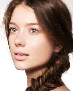 Your 5-step guide to the no-makeup makeup look - GirlsLife #naturallook