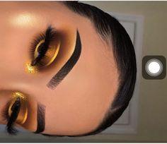 Gold and brown makeup Baddie Makeup brown gold Makeup Makeup Eye Looks, Cute Makeup, Glam Makeup, Gorgeous Makeup, Pretty Makeup, Eyeshadow Makeup, Hair Makeup, Drugstore Makeup, Halo Eye Makeup