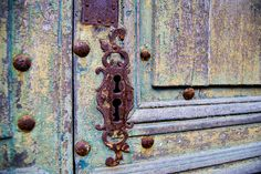 No podía faltar uno de los clásicos de Patricia: fotografía de la cerradura de una #puerta antigua en #Sarlat