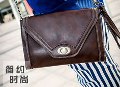 tas import K509 Material: PU leather Size: 23x17cm  idr: 114.000