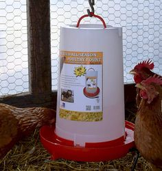 Can either be hung or placed on a flat surface Allows you to quickly refill through the the bottom drinker plate Suitable for offering water to an unlimited amount of chickens Heated Chicken Waterer, Automatic Chicken Waterer, Popcorn Maker, Poultry, Good Things, Seasons, Canning, Plate, Surface