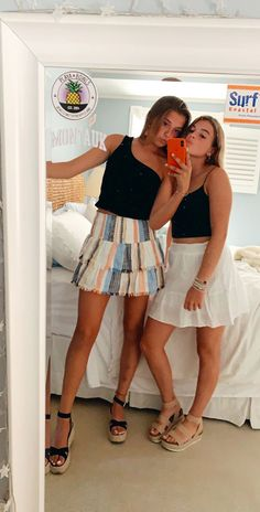 Classy outfit idea to copy ♥ For more inspiration join our group Amazing Things ♥ You might also like these related products: - Shorts ->. Teenage Outfits, Outfits For Teens, Girl Outfits, Fashion Outfits, Fashion Trends, Cute Summer Outfits, Cute Casual Outfits, Spring Outfits, Outfit Summer