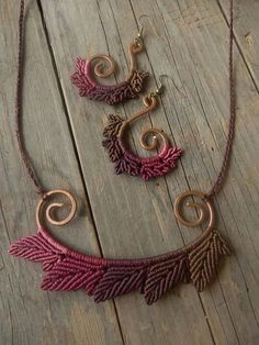 Macrame worked on shaped wire. More wire crochet earrings at my shop http://www.yooladesign.com/collections/wire-crochet-jewelry: