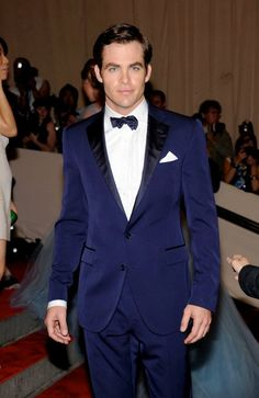 dapper van: Making the Case for the Navy Tux