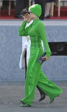 Strange but kinda like it.... maybe another color!!!!! Gorgeous Sheikha Mozah