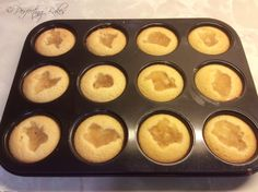 Apple Friands with Two Chicks Egg Whites Italian Meringue, Gbbo, Whole Eggs, Egg Whites, Cool Things To Make, Macarons, Muffin, Apple, Baking