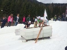 Splash Party - The most eagerly-awaited party for the end of the winter season of the whole Dolomitic area! There will be a lot of music and the big frozen swimming pool that competitors have to cross with skis, snowboards and every kind of home-made vehicle! #dolomitistars