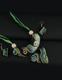 Black-Green Combination Printed Terracotta Necklace Styled With Printed Design Terracotta Jewellery
