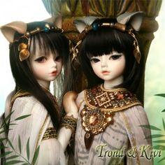 Soom Trond & Kivi - Deities of Cats $385 and 43cm