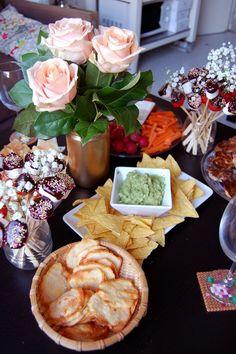 Gourmandises & Soirée Fille - Bonjour Darling Appetizer Recipes, Appetizers, Cuisines Diy, Brunch, Bordeaux, Time To Celebrate, Buffet, Table Decorations, Week End