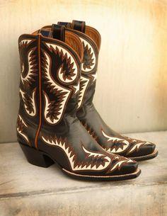 Rocketbuster boots makes art