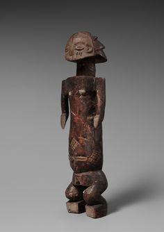 A LUBA SHANKADI FEMALE FIGURE  Democratic Republic of the Congo, Auktion 1045 Afrikanische und Ozeanische Kunst, Lot 51