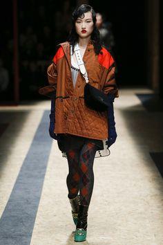 Prada Fall 2016 Ready-to-Wear Fashion Show  http://www.theclosetfeminist.ca/  http://www.vogue.com/fashion-shows/fall-2016-ready-to-wear/prada/slideshow/collection#26