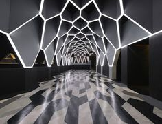 If you are in the mood for a party night, filled with dancing, we recommend Josephine Roxy Nightclub ::  Fred Mafra in the Brazillian Belo Horizonte. Design of the club is based on a repetition of several geometric shapes, creating a sort of contemporary bee-hive image. This hypnotic ceiling shelters two dancefloors, three bars, a VIP lounge and a smoking area with a retractable roof.