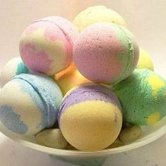 Simple Homemade Bath Bombs, for a little sweet smell good gift.