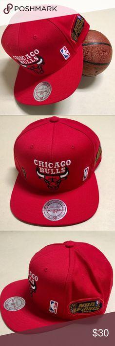 12f75dec53a Chicago Bulls - NEW Mitchell  amp  Ness  96 SnapBack Chicago Bulls 1996 NBA  Finals