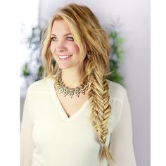 Whether you're getting hitched or just a braid fiend, you need to learn how to DIY the boxed fishtail braid before Summer.