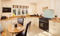 Solid Oak Kitchen Hatherley Cheltenham - Case Study